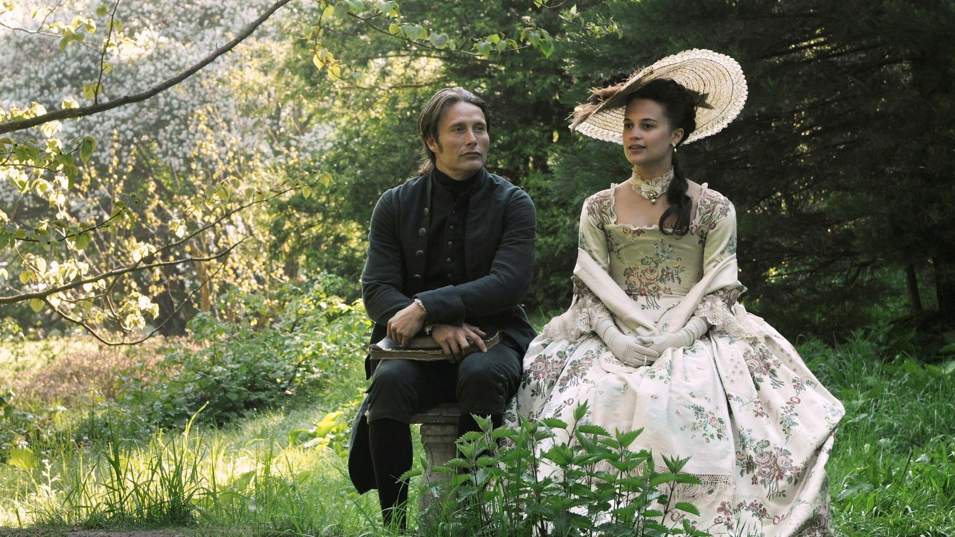 O Amante da Rainha: drama de época protagonizado por Alicia Vikander e Mads Mikkelsen.